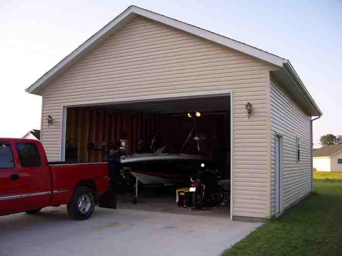 Wakeboarder detached garage build for boat with for Garage modification