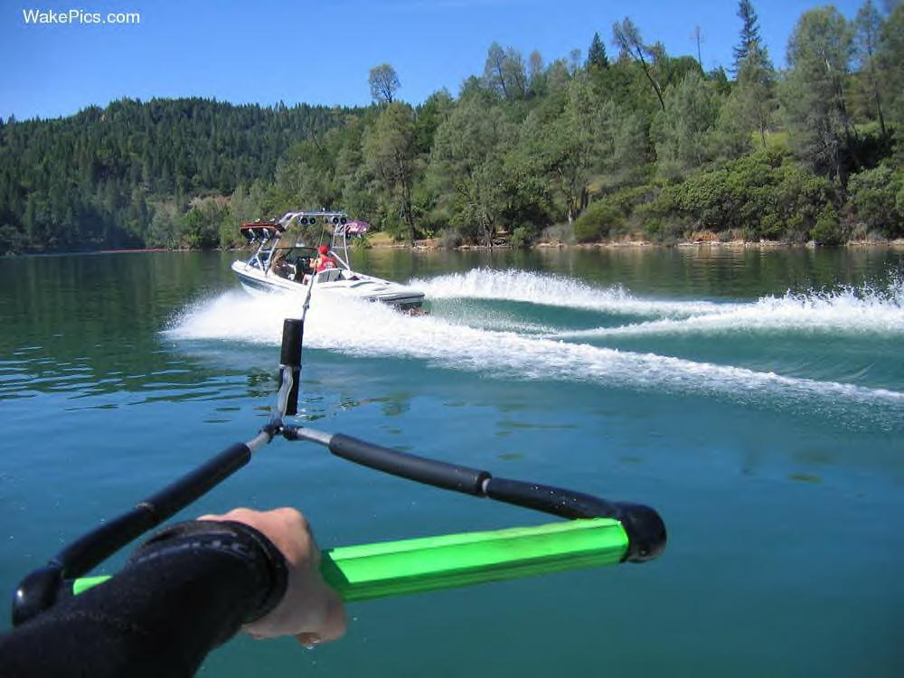 Wakeboarding Boat Wallpaper Wakeboarder :: ...