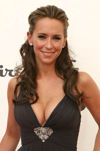 jennifer love hewitt naked